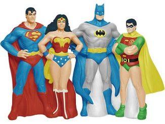 DC Comics Superheroes Salt and Pepper Shaker Set
