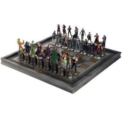 DC Complete Batman Chess