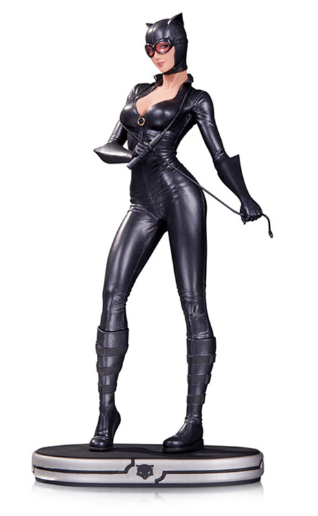 DC Cover Girls Catwoman Statue