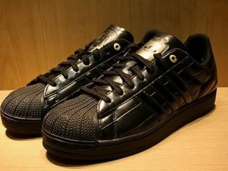 Darth Vader Adidas Superstar