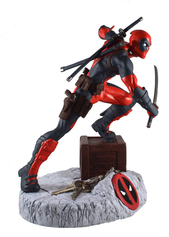 Deadpool Finders Keyper Statue 2