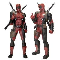 deadpool-marvel-classics-life-size-statue-foam-replica