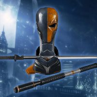 Deathstroke Arsenal Prop Replica