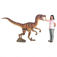 Design Toscano Velociraptor Statue