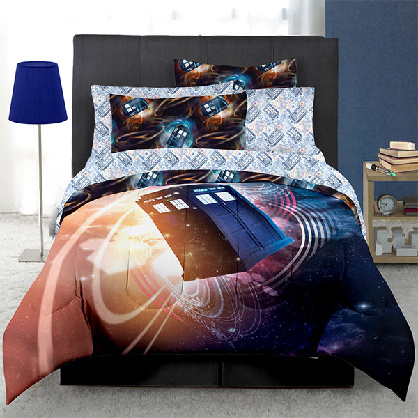 Doctor Who Floating TARDIS Bed In A Bag