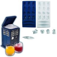 Doctor Who Ice Cube Tray and TARDIS Shaped Ice Bucket