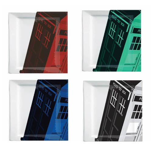 Doctor Who Iconic Color TARDIS Plate Set
