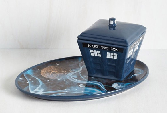 Doctor Who Season Ate Plate and Bowl Set