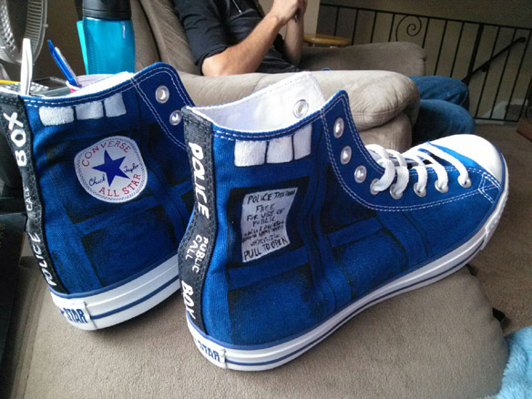 Custom Doctor Who TARDIS Converse Chucks