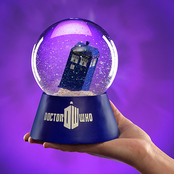 Doctor Who TARDIS Snow Globe