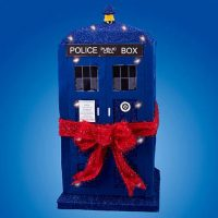 Doctor Who TARDIS Tinsel Display