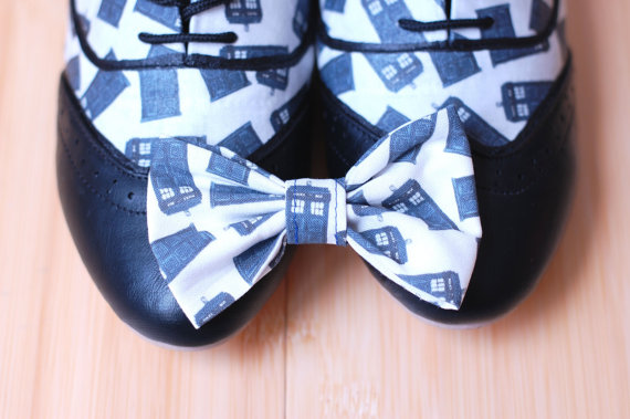 Doctor Who Tardis Womens Oxfords with Free Matching Bow 2