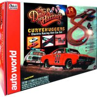 Dukes of Hazzard Curvehuggers Slot Car Racing Playset