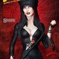 Elvira Mistress Of The Dark Statue Detail