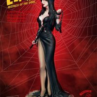 Elvira Mistress Of The Dark Statue Side