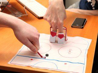 Finger Hockey Desktop Game