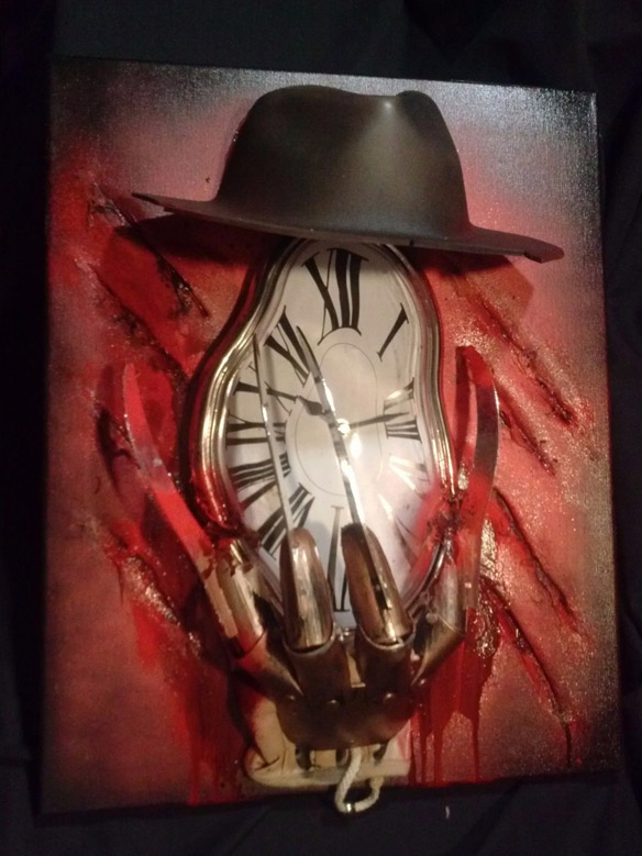 Freddy Krueger Nightmare Elm Street Functional Gore Clock