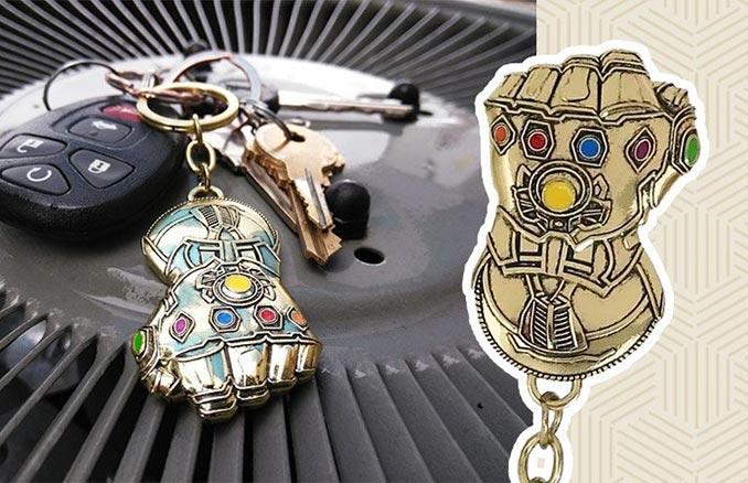 Free Infinity Gauntlet Keychain Deal at SuperHeroStuff f55e16c8722a