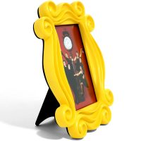 Friends Monicas Yellow Peephole Door Frame