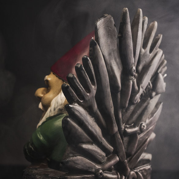 Game of Gnomes Statue back