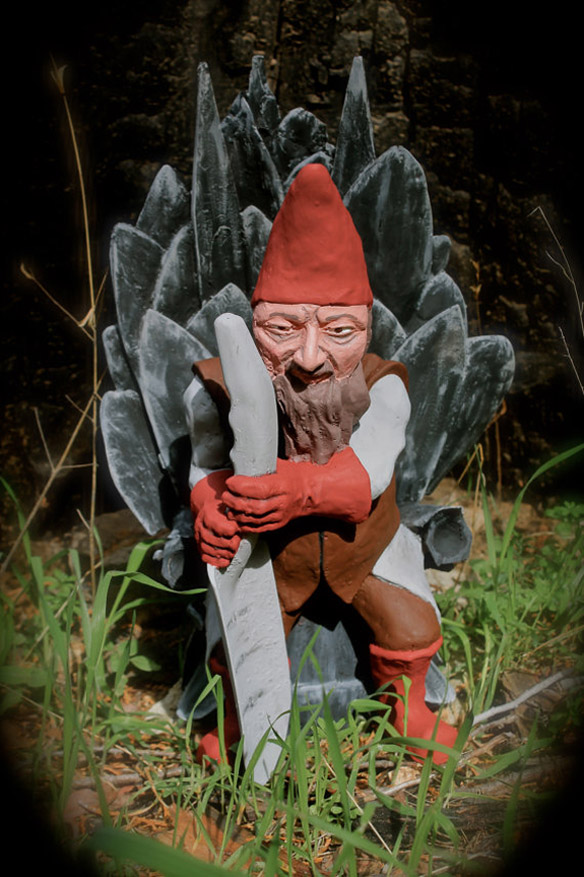 Game of Gnomes: The Throne of a Thousand Shovels