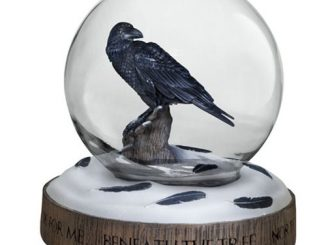 Game of Thrones Three-Eyed Raven Snow Globe