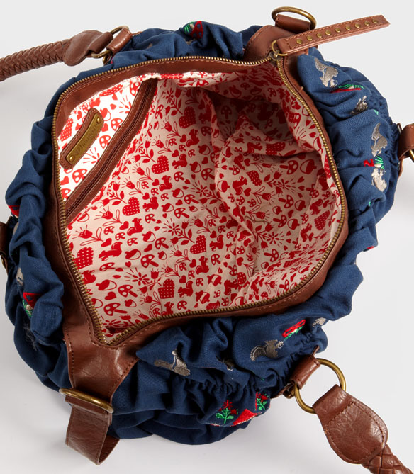 Garden Gnome Shoulder Bag