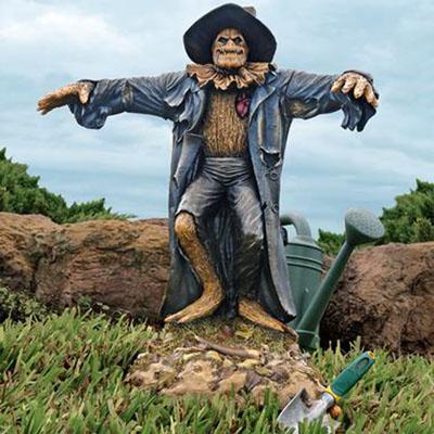 Garden Scarecrow Statue