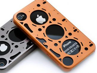 Gasket Brushed Aluminum iPhone 4 Case