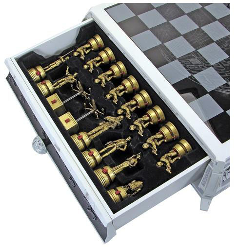 Gentle Giant Collectible Star Wars Chess Set