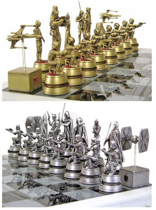 Gentle Giant Star Wars Chess Set