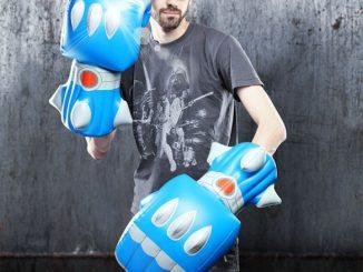 Giant Robot Battle Fists