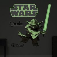 Glow-in-the-Dark-Yoda-Fathead