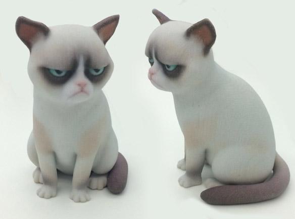 Grumpy Cat Statue
