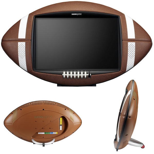 Football fans will be immersed in the game with this 28″ HANNspree