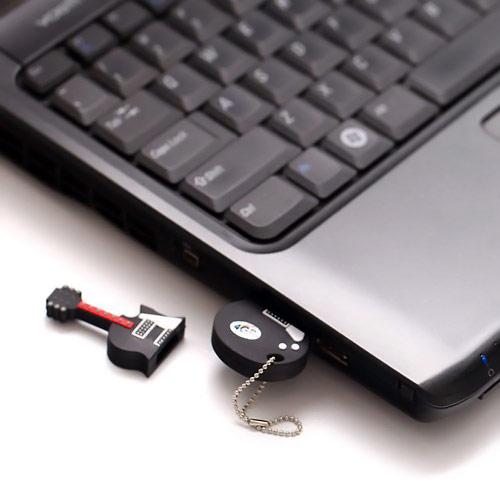 HDE-Guitar-USB-Flash-Drive