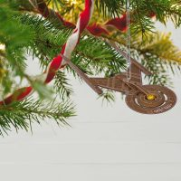 Hallmark Star Trek USS Discovery Christmas Ornament