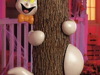 Halloween Ghost Tree Hugger