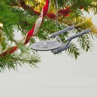 Halmark Star Trek USS Enterprise Christmas Ornament