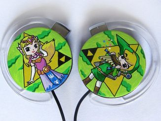 Hand-Painted Zelda and Link Earphones