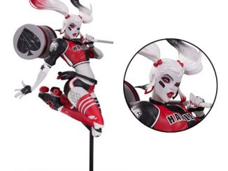 Harley Quinn Red, White and Black Harley Quinn by Babs Tarr Statue
