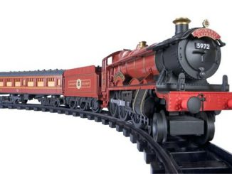 Harry Potter Hogwarts Express Battery Operated G Gauge Train Set