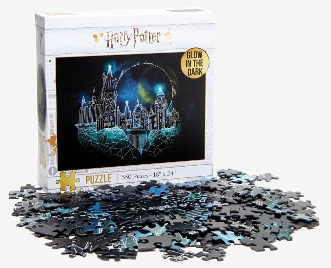 Harry Potter Hogwarts Glow-In-The-Dark Puzzle
