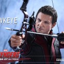 Hawkeye Avengers Age of Ultron Sixth-Scale Figure