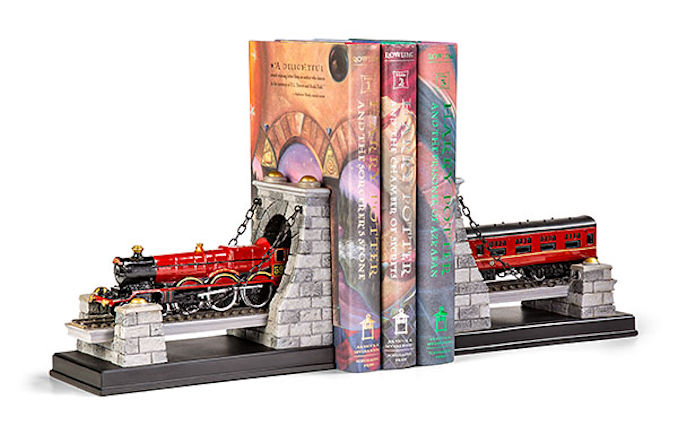 Hogwarts Express Bookend Set