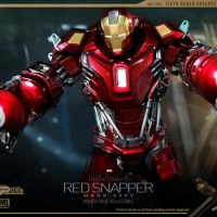Hot Toys Iron Man 3 Red Snapper Collectible Figurine