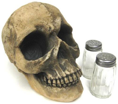 Human Skull Salt & Pepper Shaker Set