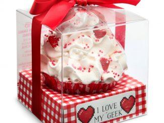 I Love My Geek 8-Bit Heart Cupcake Bath Bomb