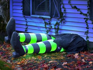 Inflatable Flattened Kicking Witch Legs