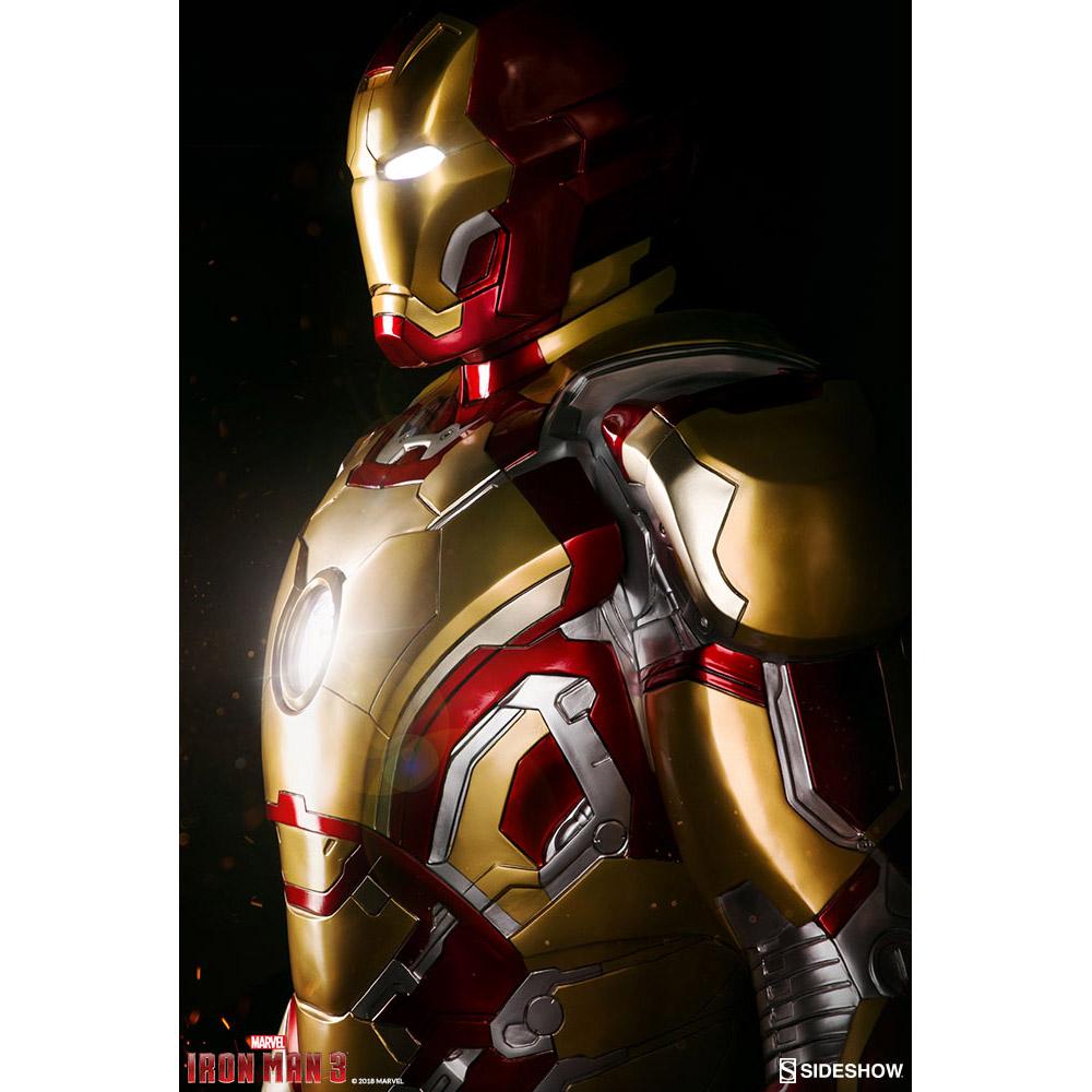 Iron Man Mark 42 Life-Size Figure
